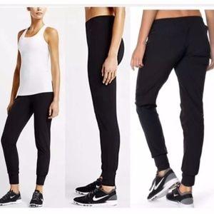 Nike Woven Bliss Skinny Pant - Small